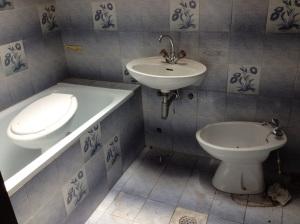old tile2